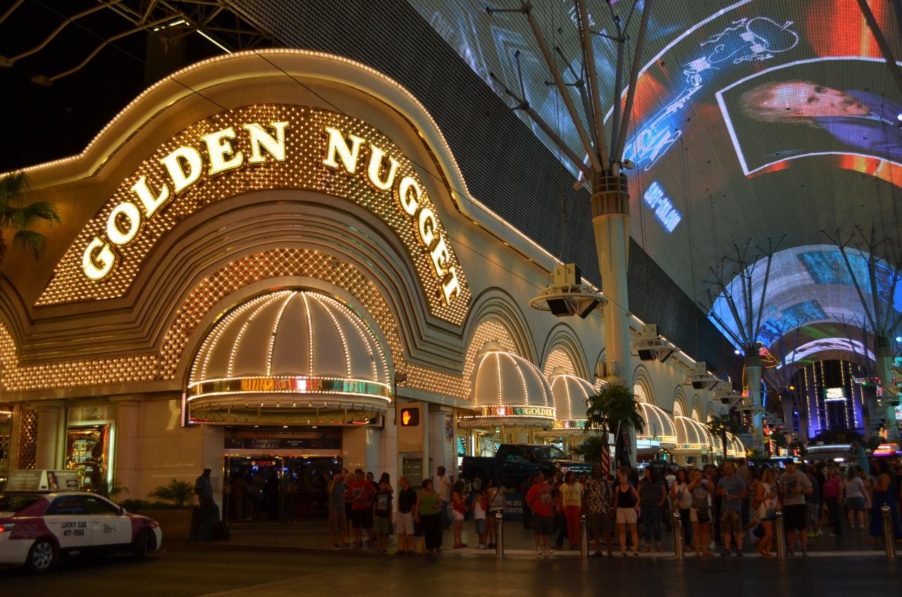 140: Neon Las Vegas